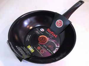 wok serpenyő